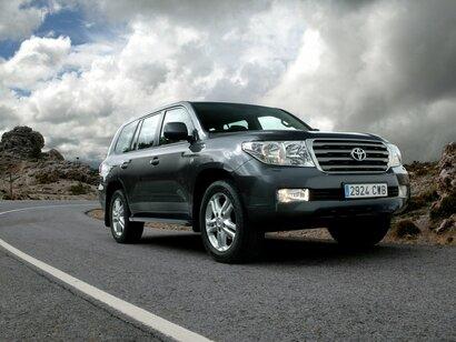 Купить Toyota Land Cruiser пробег 190 000.00 км 2008 год выпуска