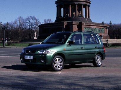 Купить Mazda Demio пробег 200 000.00 км 2002 год выпуска