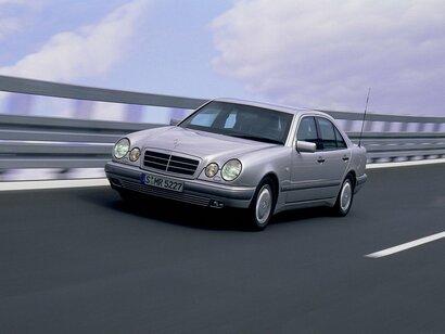 Купить Mercedes-Benz E-klasse пробег 350 000.00 км 1998 год выпуска