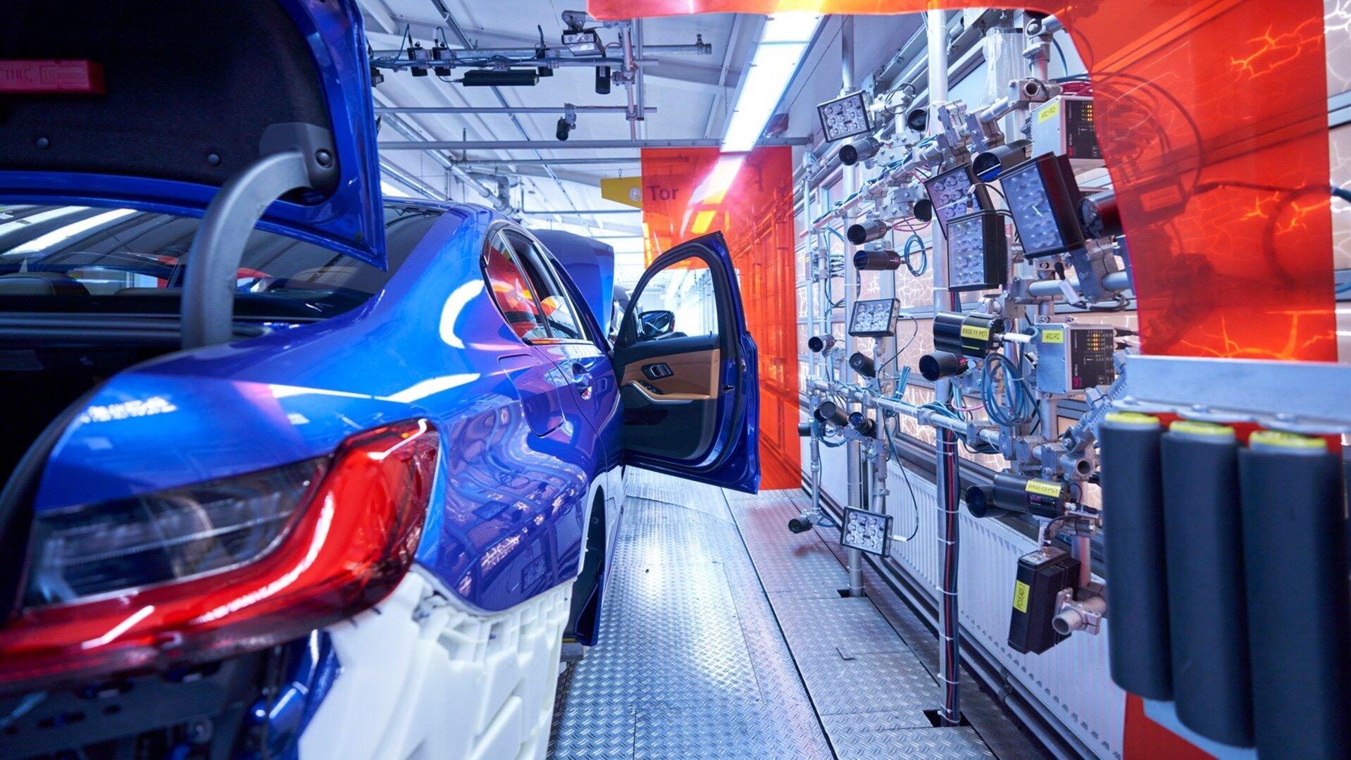 BMW и Mercedes-Benz могут сохранить искусственный дефицит на свои автомобили