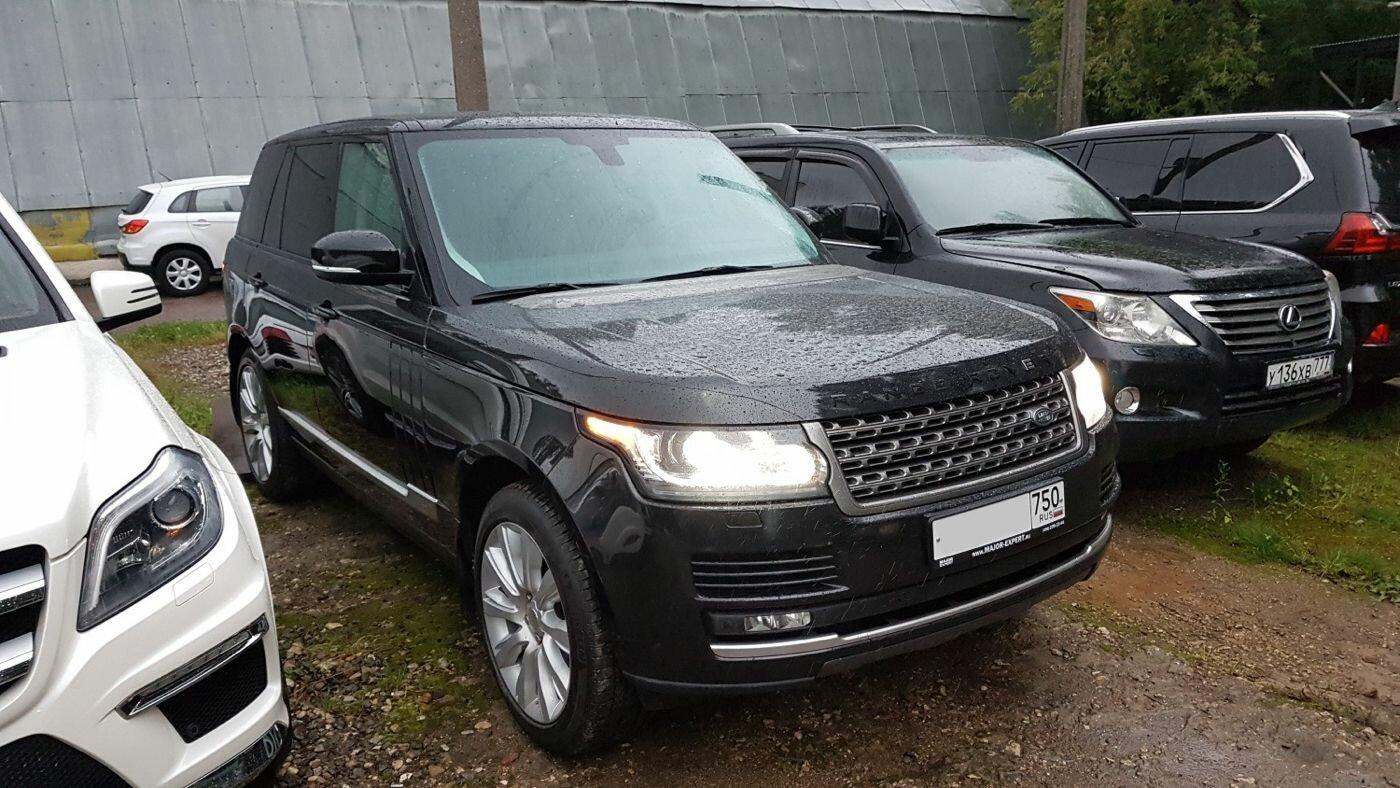 Range Rover 2013 года с заявленным пробегом 108 тысяч километров