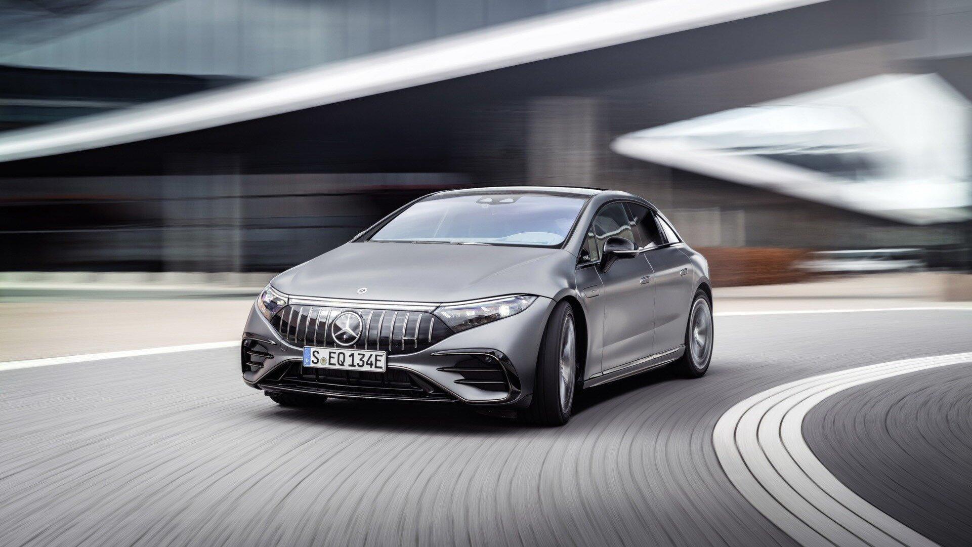Флагманский электрокар Mercedes-Benz получил AMG-версию: 3,4 секунды до 100 км/ч и имитация звука мотора