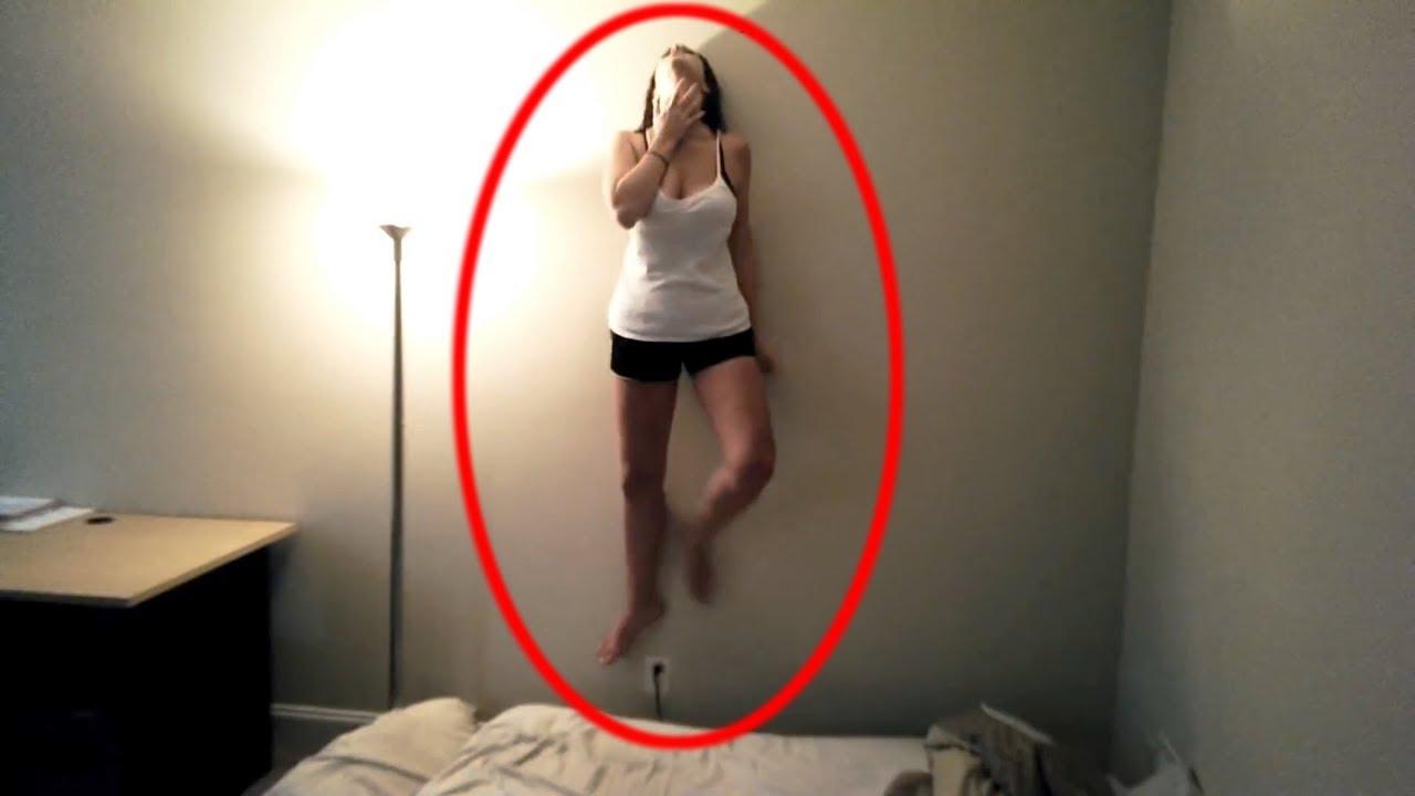 девушка видео на камеру смотреть рисует картинки женской