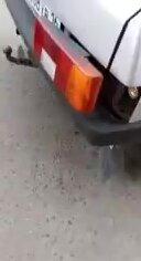 Не оригинальный способ заправки газового баллона в машине. Видео прикол