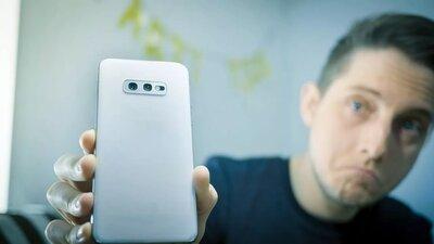 Samsung Galaxy S10e.  Мнение и обзор