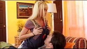 Порно фильм клиника с эшли брук, дома снимают сами себя в трусиках девушки