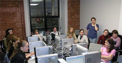 студенты-добровольцы - спецбригада Яндекса