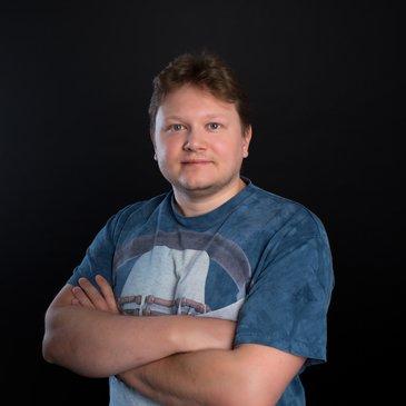 Денис Подлужный