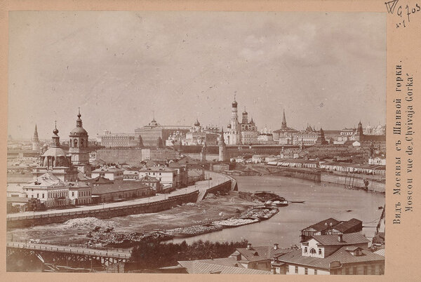 Москва, 1885 год. (источник https://mirvokrug.blog/2018/03/29/%D0%B3%D0%B4%D0%B5-%D0%BB%D0%BE%D0%B3%D0%B8%D0%BA%D0%B0/ )