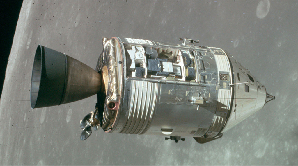 apollo seven commander - 1010×540