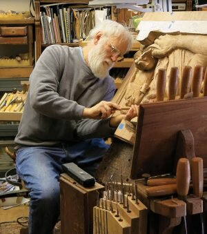 http://woodcarvingillustrated.com/blog/2016/10/13/fred-cogelow-2013-woodcarver-year/