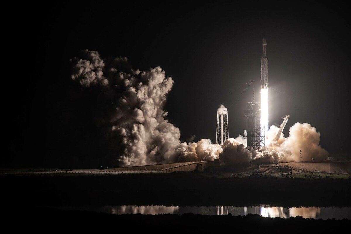 spacex falcon heavy launch today - HD1200×800