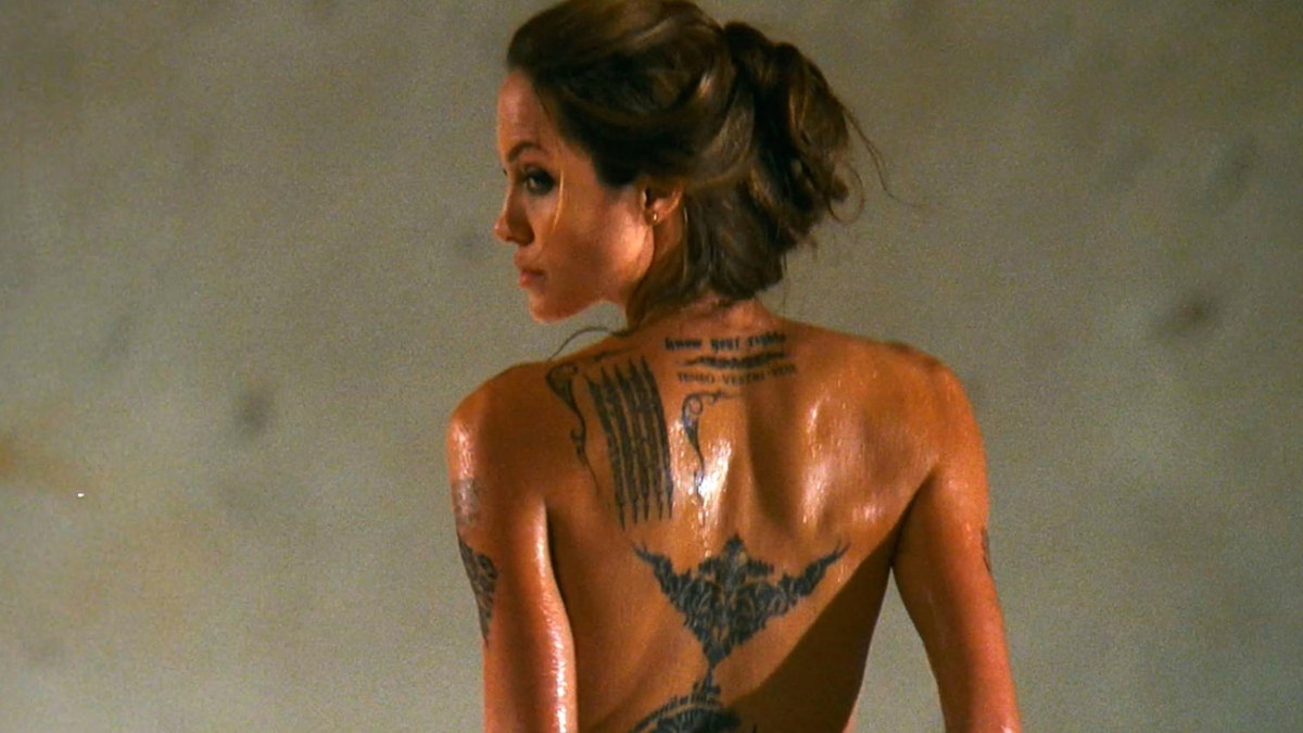 Angelina jolies ass in movie wanted