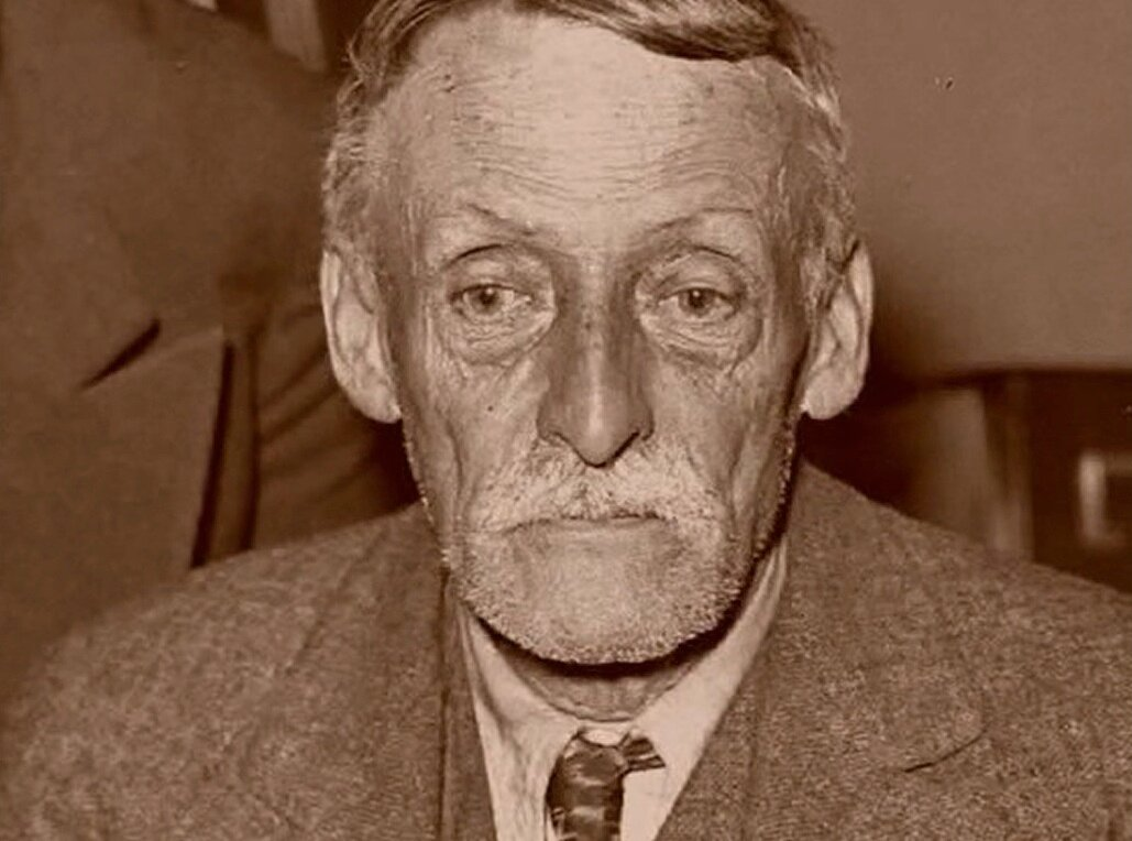 "Albert Fish known as the ""Lunar Maniac"", ""Gray Ghost"", The Brooklyn Vampire, «Bugi-men», Werewolf Wisteria"