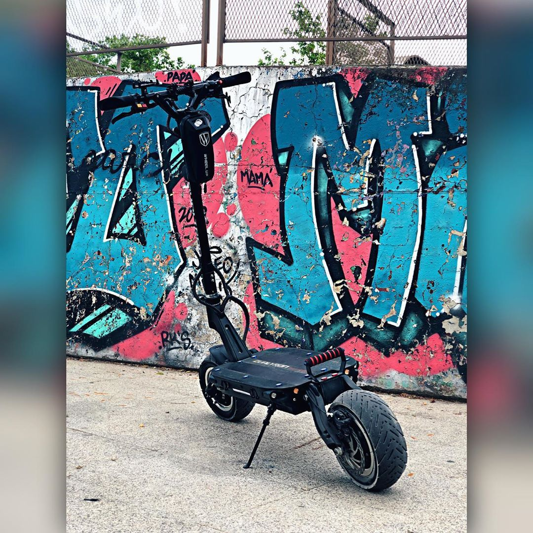 https://zoty.ru/scooters/minimotors/thunder