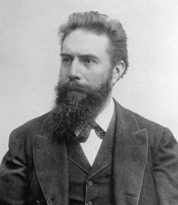 Photo of Wilhelm Conrad Röntgen
