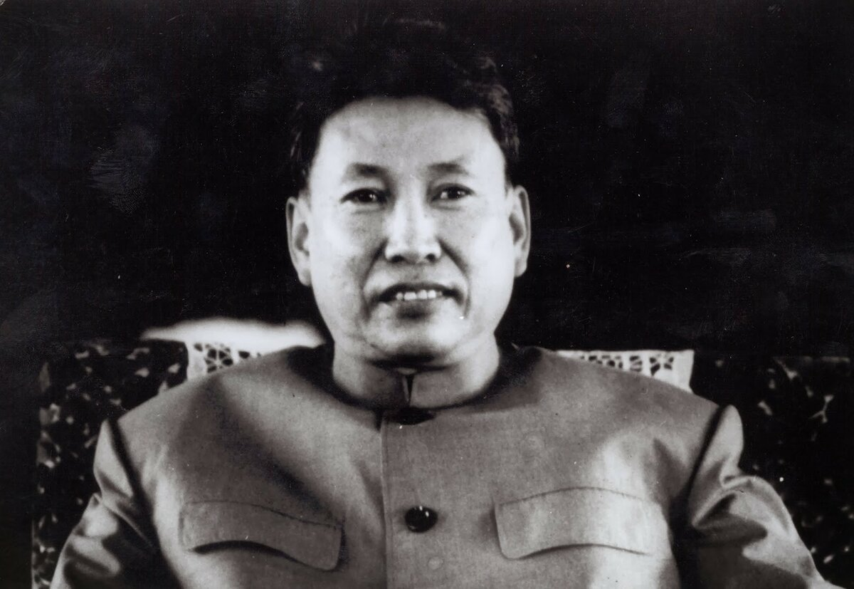 "Pol Pot, ""Brother No. 1,"" is the head of the Khmer Rouge, leader of the regime in Democratic Kampuchea.  Photo from the site: hizliresim.com"