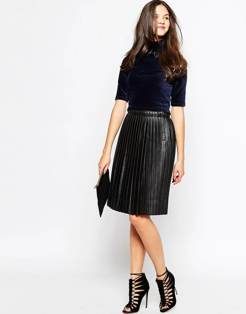 The pleated skirt is still in fashion: how to wear it and which one to choose for autumn 2019