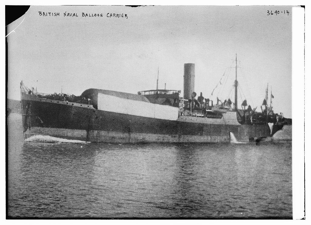 Title: British Naval Balloon Carrier Creator(s): Bain News Service, publisher Date Created/Published: [between ca. 1910 and ca. 1915]