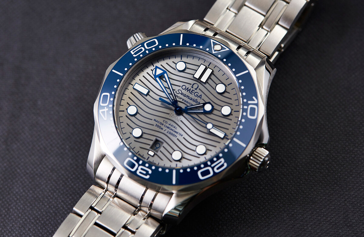 The most attractive, in my opinion, the performance of this watch