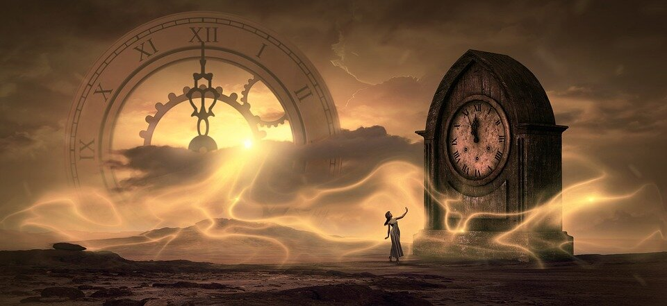 https://pixabay.com/photos/fantasy-clock-time-light-magic-3517206/