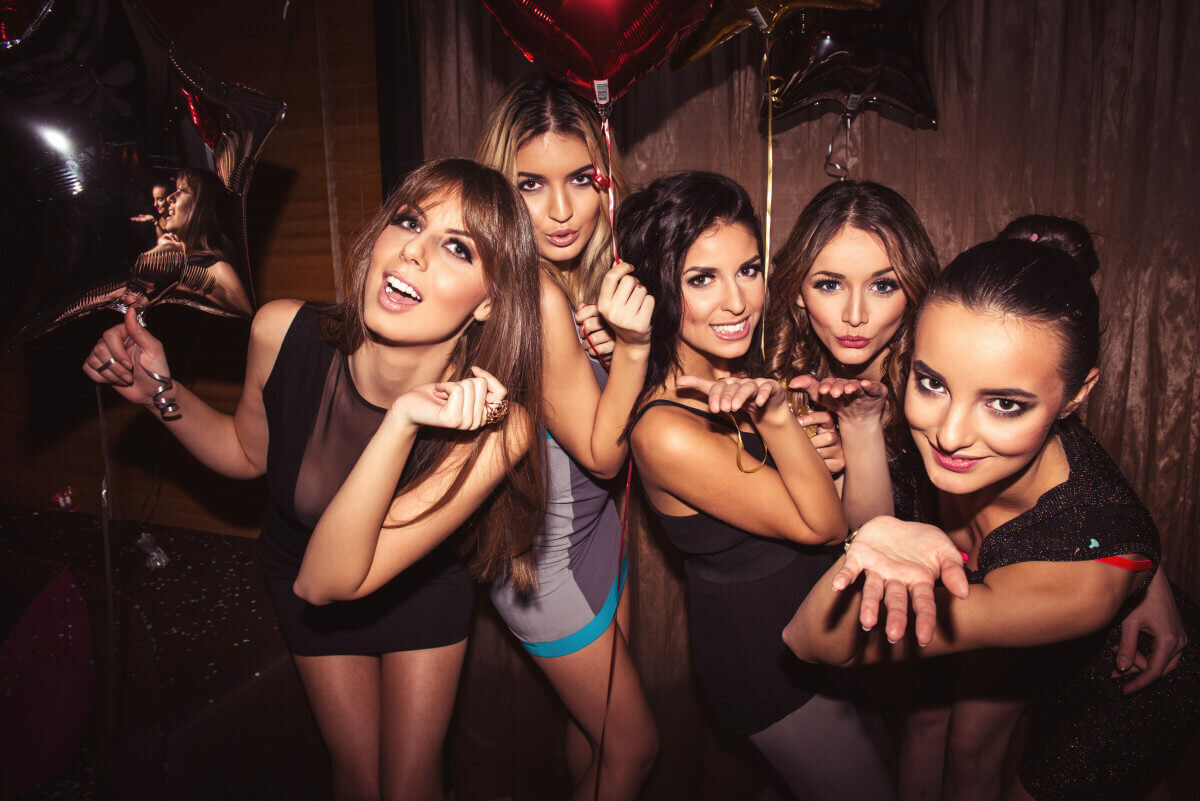 Girls night party themes