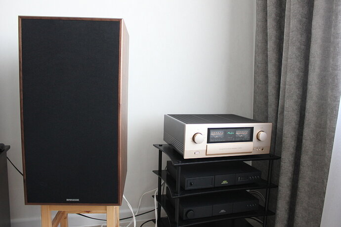 Spendor + Accuphase