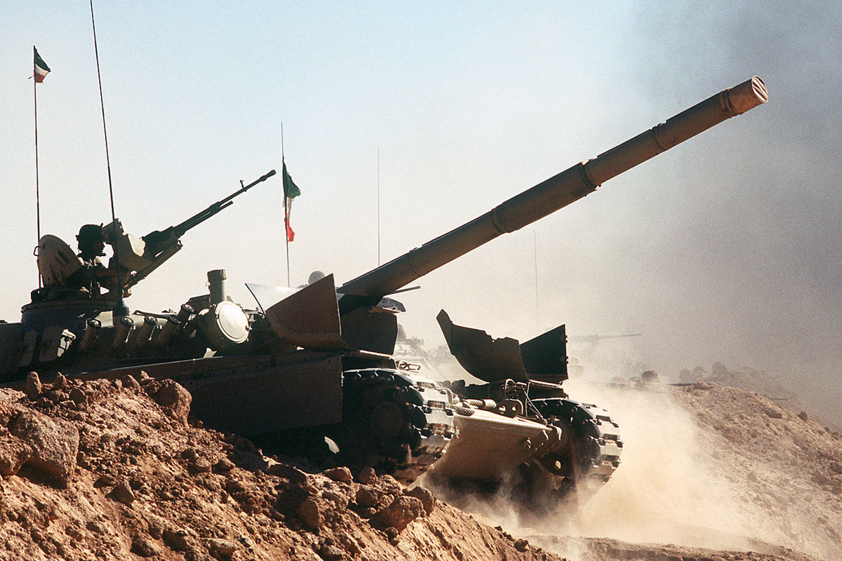 Кувейтский танк M-84 во время операции Desert Shield в 1990 году