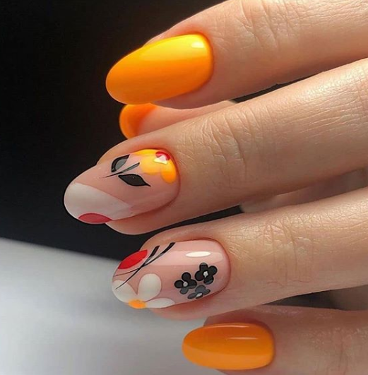 Источник фото instagram.com/nails_irinamarten