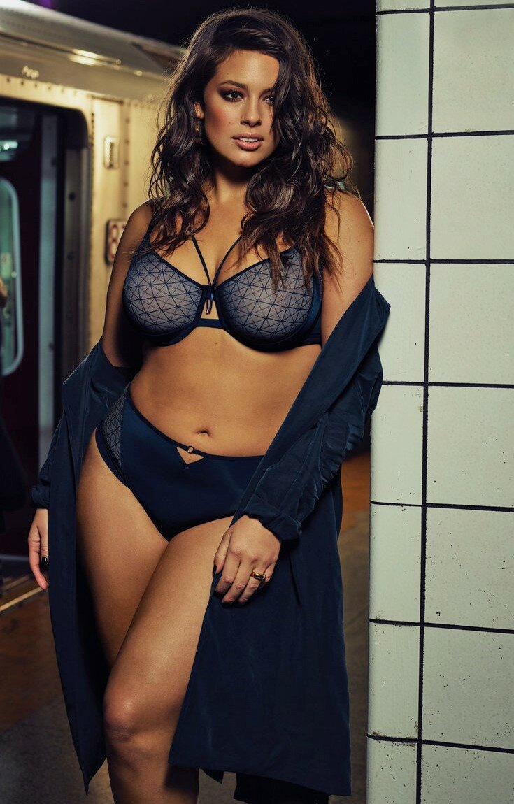 Nude Pictures Of Ashley Graham