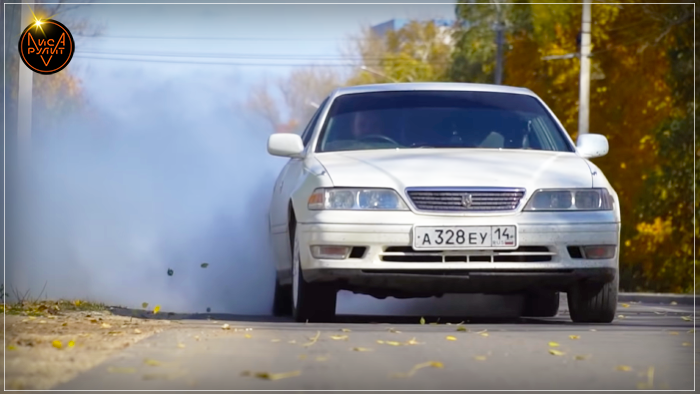 Лиса Рулит. Toyota Mark II