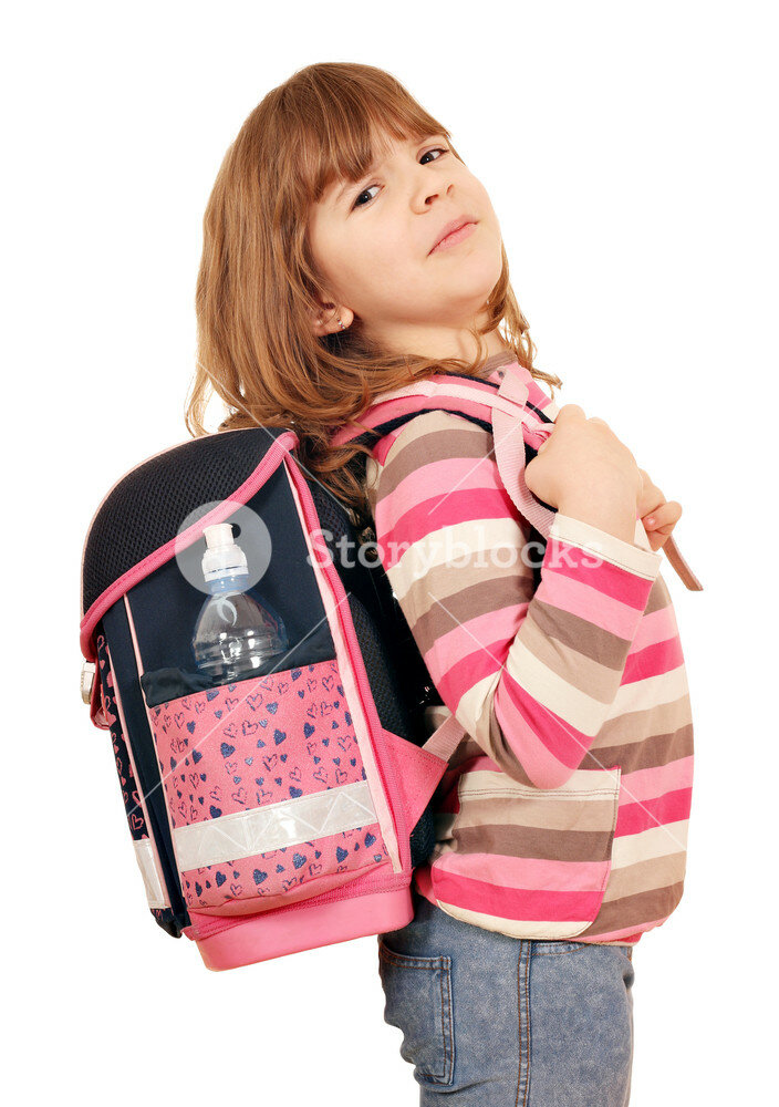 Фото с ресурса https://d1yn1kh78jj1rr.cloudfront.net/image/preview/pdW5NOa/graphicstock-little-girl-carrying-a-heavy-school-bag_rh_sHjy2g_SB_PM.jpg