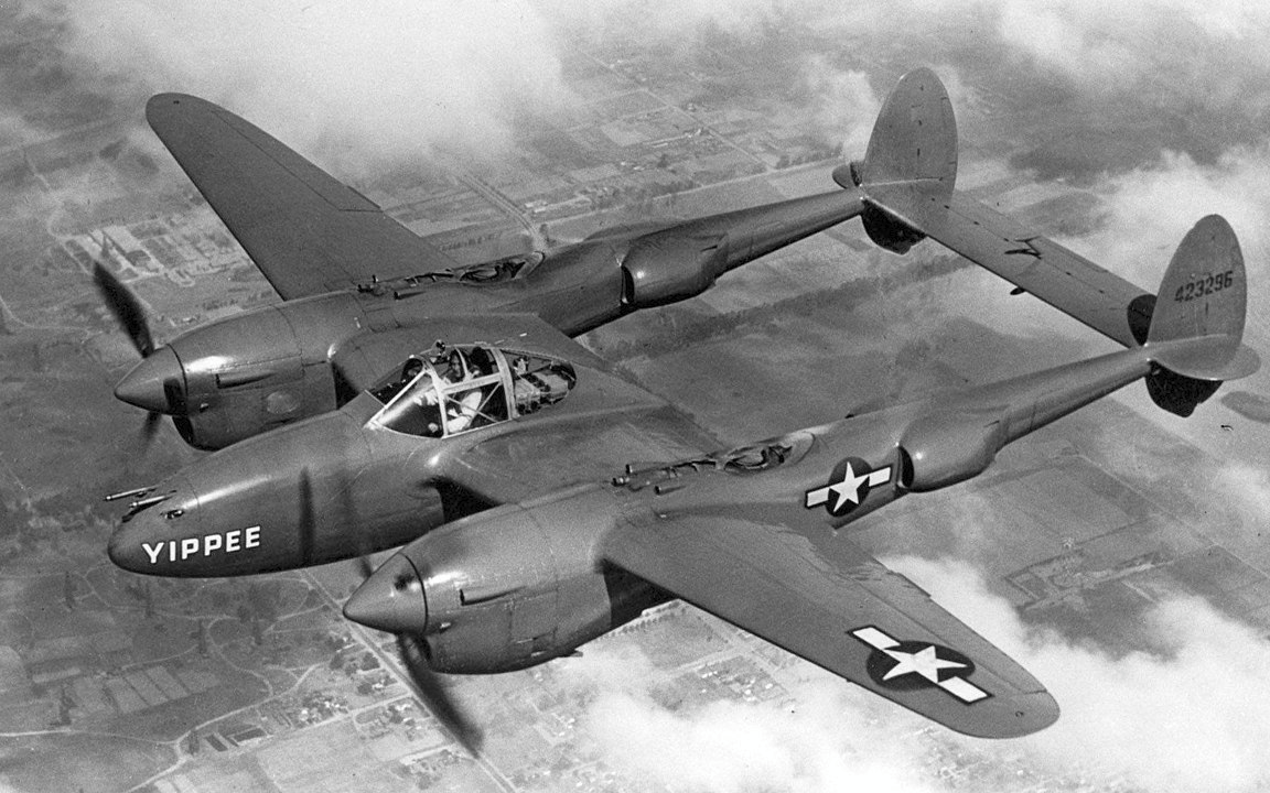 Автор: Taken from the Air Force web page at [1]. The link followed was the Air Force Museum's P-38 page at [2]., Общественное достояние, https://commons.wikimedia.org/w/index.php?curid=362123