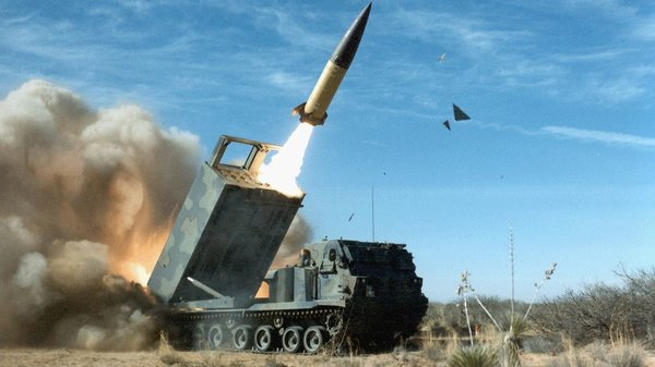 An ATacMS surface-to-surface missile launch. Image: Wikimedia