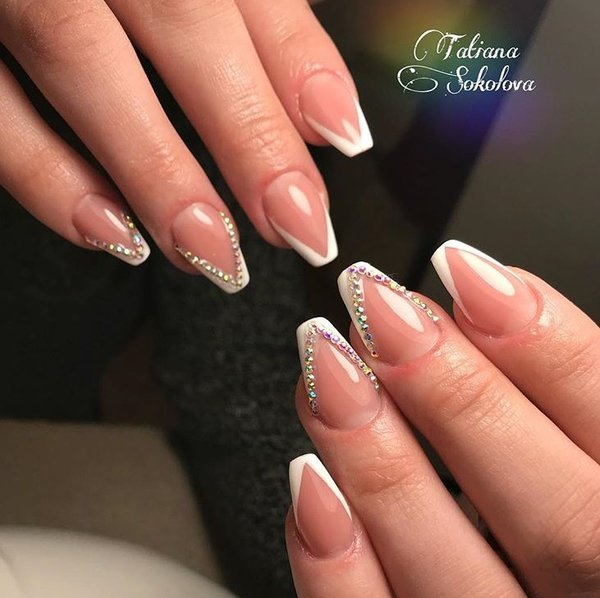 @brooklyn_nails.ee