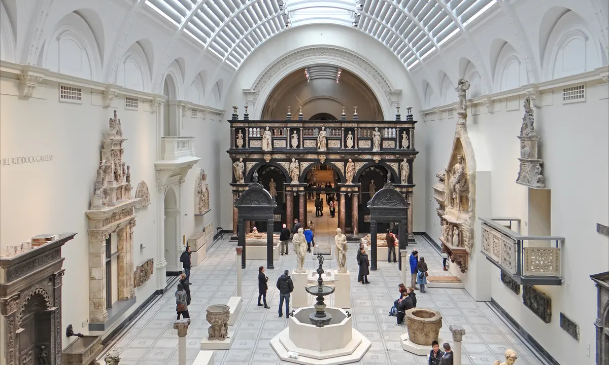 Victoria and Albert Museum: V&A
