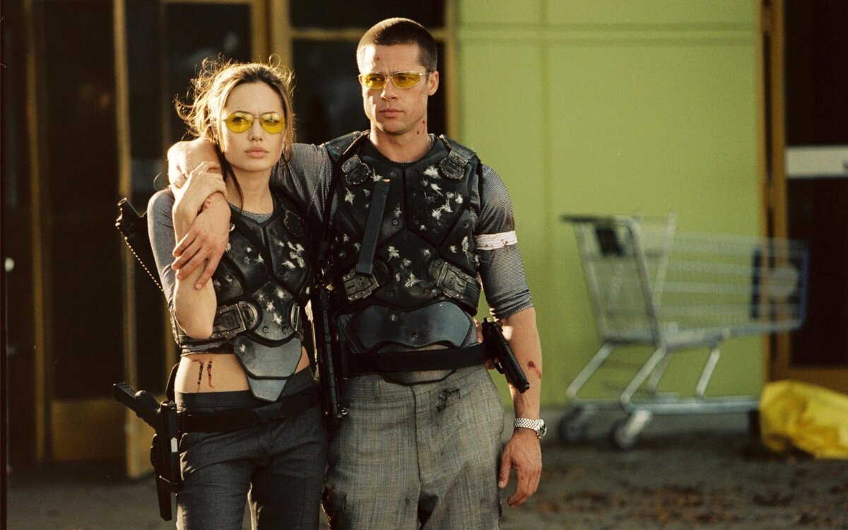 https://f.vividscreen.info/soft/7d3862230aa37ec56fe4279f60f2b5c1/Mr-Mrs-Smith-2560x1600.jpg