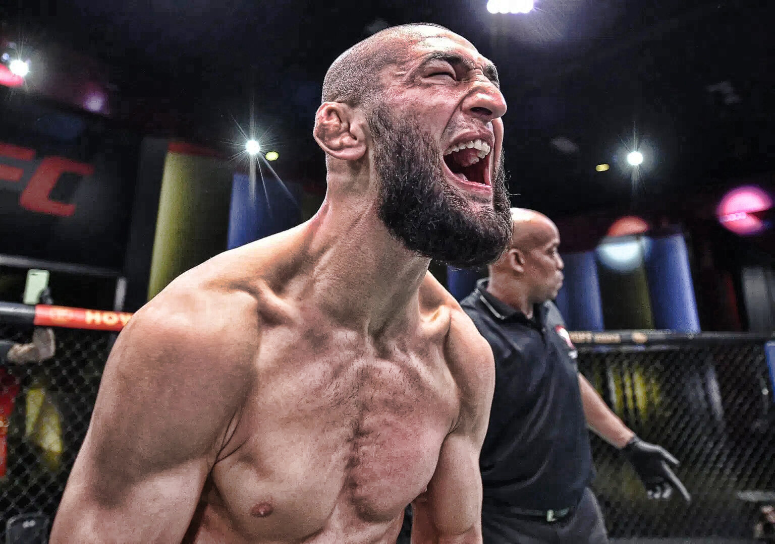 John McCarthy ran over Khamzat Chimaev: Previously, fighters fought 4 fights per evening