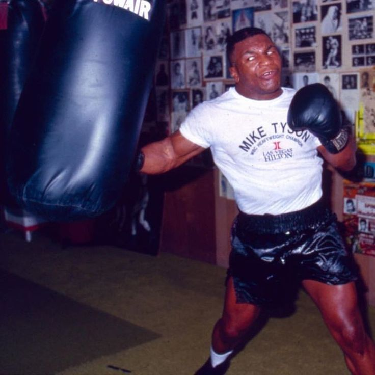 Evander Holyfield says young Mike Tyson couldn't have been defeated