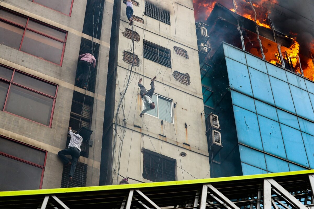 Death of a Fire Victim by Mohammad Sazid Hossain