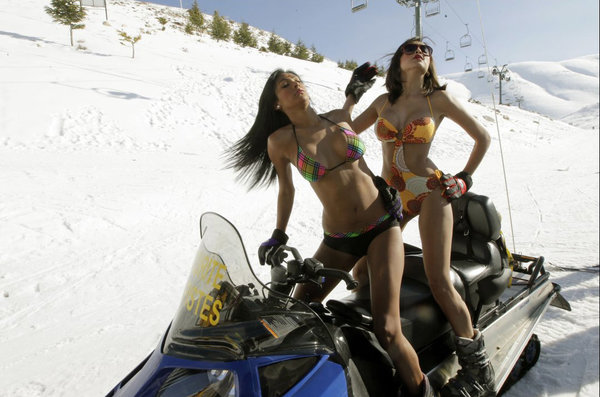 sexy-nude-girls-on-snowmobile