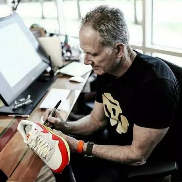 Tinker Hatfield: Footwear Design (2017)