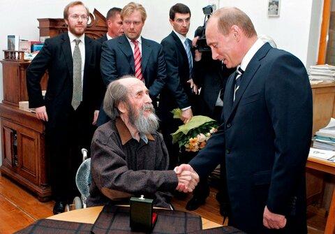 Путин и Солженицын-1.jpg
