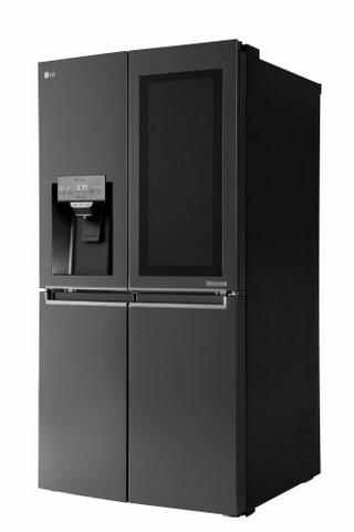 Внешний вид умного холодильника LG Smart InstaView