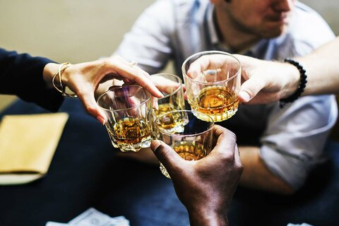 https://www.northernillinoisrecovery.com/wp-content/uploads/2019/11/when-does-social-drinking-become-alcoholism.jpg