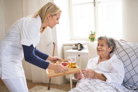 https://www.assistinghands.com/79/wp-content/uploads/sites/112/2019/07/Elderly-Care-in-Franklin-Waukesha-Milwaukee-WI.jpg