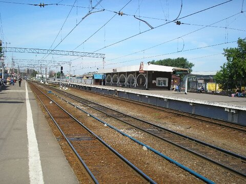 https://upload.wikimedia.org/wikipedia/commons/8/8b/Kalanchevskaya_railstation.jpg