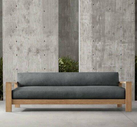Строгий серый диван с деталями из тика.jpg