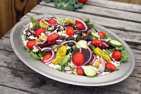 https://ver-a.ru/wp-content/uploads/2018/01/grecheskij-salat-recept-klassicheskij.jpg
