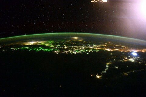 https://s.zefirka.net/images/2016-02-04/potryasayushhie-snimki-astronavta-skotta-kelli-s-borta-mks/potryasayushhie-snimki-astronavta-skotta-kelli-s-borta-mks-7.jpg